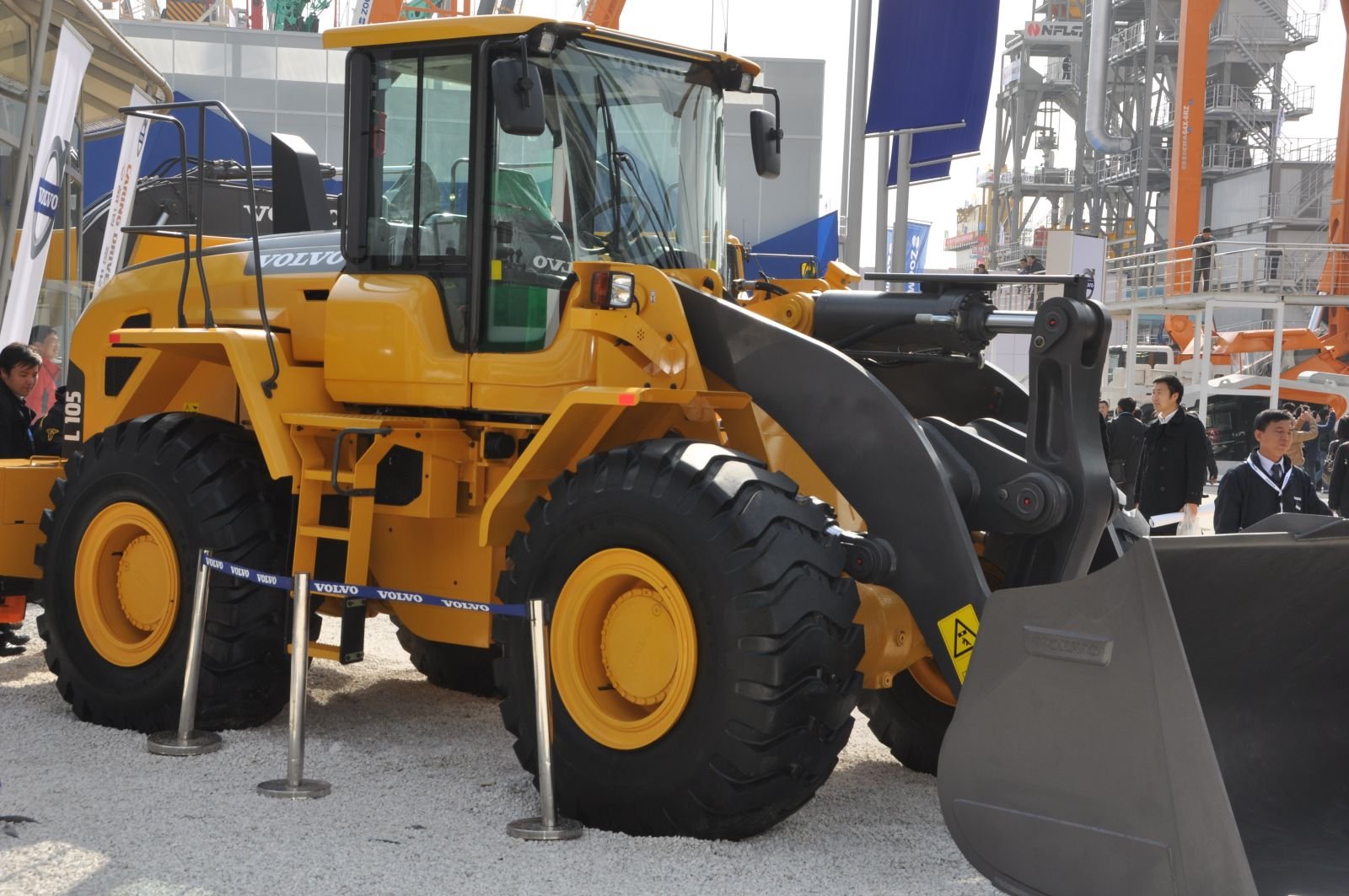 bauma china Radlader lader Volvo