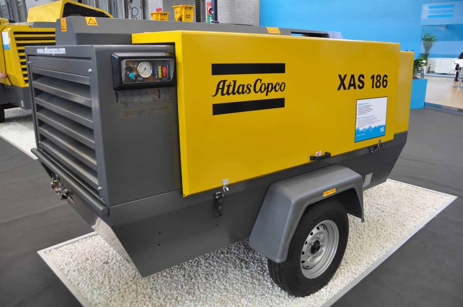 atlas copco xas 186 kompressor. Black Bedroom Furniture Sets. Home Design Ideas