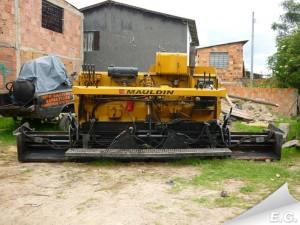 Mauldin Straßenfertiger 550 E Stßenbau Baumaschinen gebraucht Fertiger
