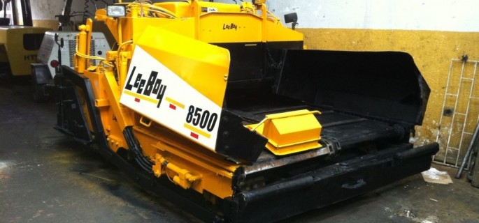 Lee Boy Straßenfertiger 8500 Fertiger Asphaltfertiger Baumaschinen Straßenbau Baugeräte Lee Boy